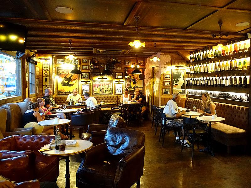 Caf mercat ibiza 5 sentidos - Decoracion bares de tapas ...