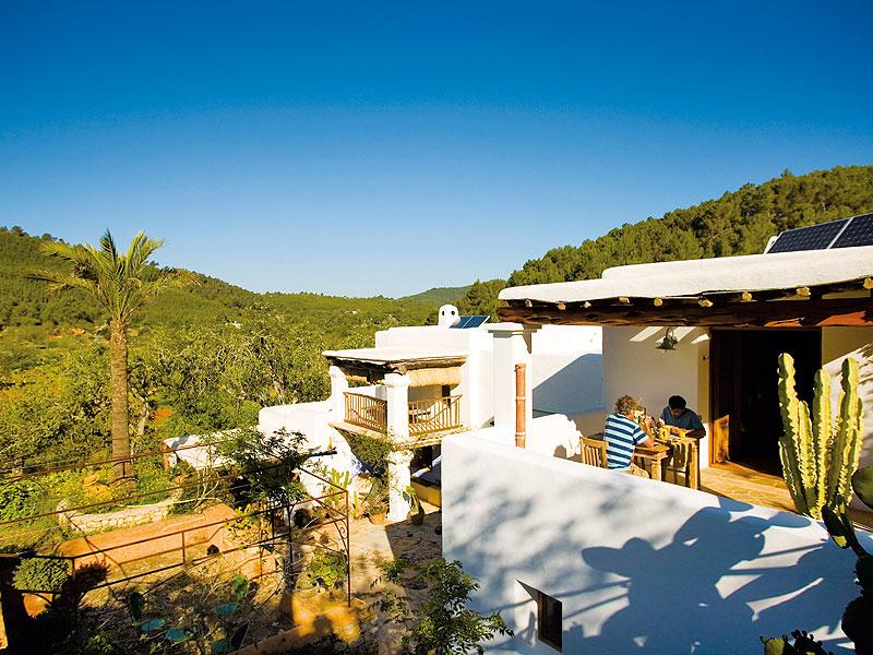 8d9949b8cf0c8 video. Can Martí. Agroturismos y Hoteles Rurales ...