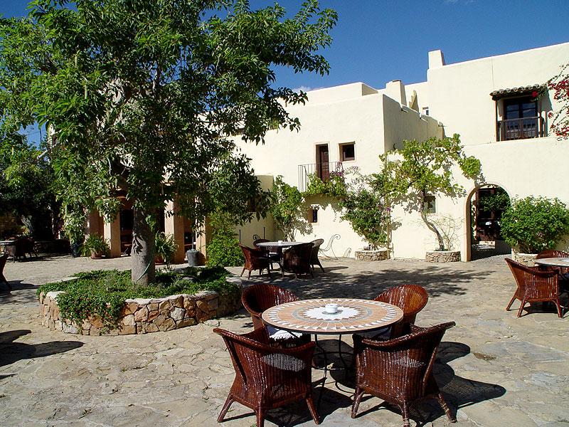 2b327cce93444 video. Can Talaias. Agroturismos y Hoteles Rurales ...