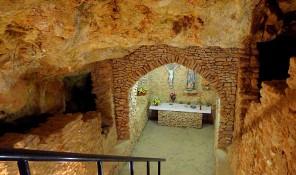 cova cueva capilla capella de santa agnes ines sant antoni san antonio ibiza eivissa