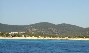 playa de es cavallet parque natural de ses salines sant jordi san jorge ibiza eivissa