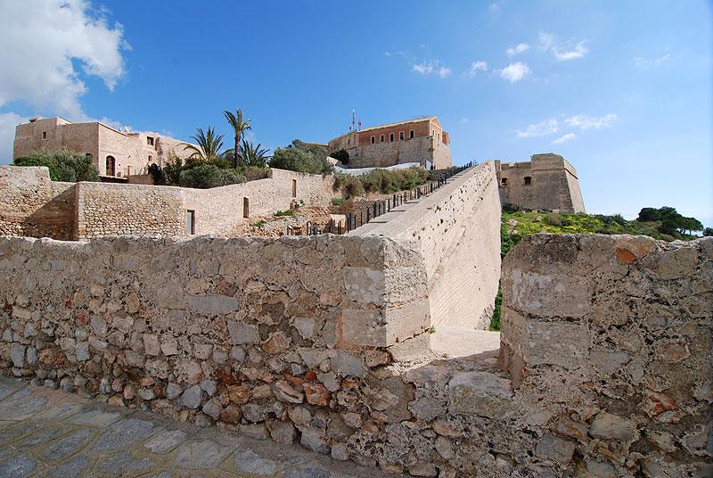 murallas fortaleza renacentista baluartes ibiza eivissa patrimonio de la humanidad