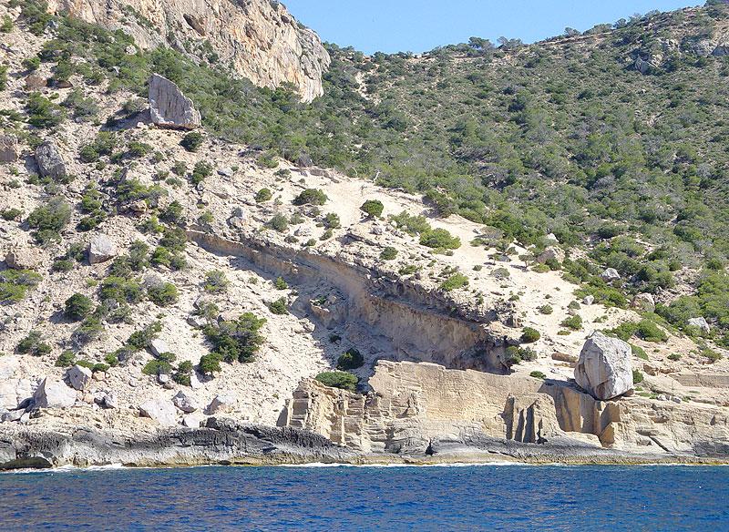 Pedrera de Cala d'Hort (Atlantis) - Ibiza 5 Sentidos